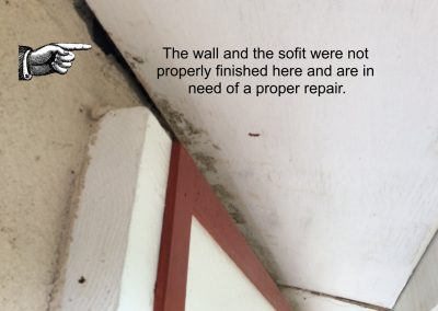 gap-in-sofit-top-of-wall-in-need-of-sealing